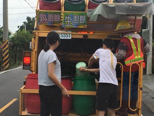 垃圾桶在哪,台湾人为什么要追着垃圾车跑?