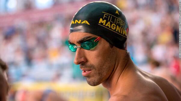"""点赞!意大利前游泳世界冠军海边勇救溺水者:""""我只是做了自己应该做的"""""""