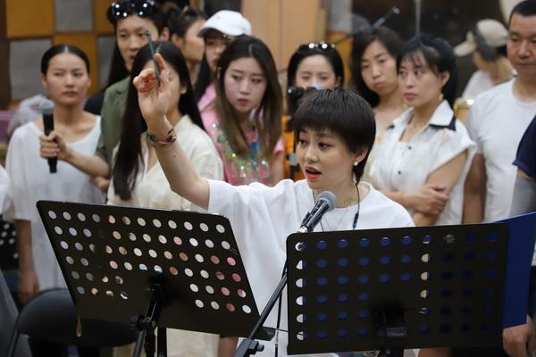 《丝路传奇·花木兰》 亢竹青开启音乐剧新纪元
