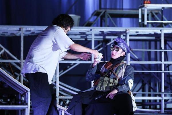話劇《茶館》在法國阿維尼翁戲劇節上演出