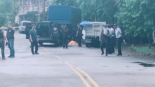 台警方抓逃犯双方枪战 嫌犯中枪身亡死因待查