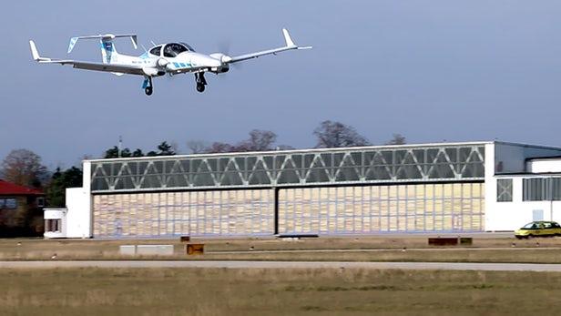 研究人员推出飞行辅助系统 可让飞机在无人操作下自动着陆