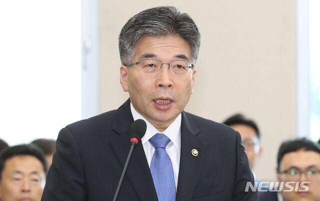 韓國警察廳廳長:未發現勝利夜店VIP房間有性暴力和吸毒情況
