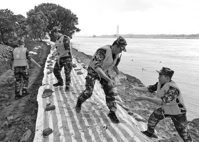南方多地全力王金平事件抗击洪涝灾害