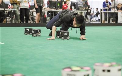 中国高校国际机器人大赛获佳绩