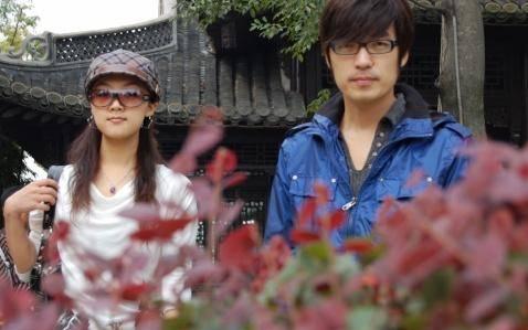 玖月奇迹34岁王小玮素颜近照 原来不化妆的她看起来更美