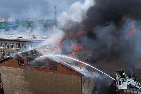 莫斯科附近熱電站發生大火濃煙滾滾 已致1死13傷