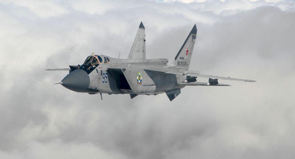 俄軍在日本海開展空戰演練 派米格31攔截轟炸機