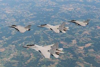 印法空军演习首阶段结束 将开始大规模军力作战