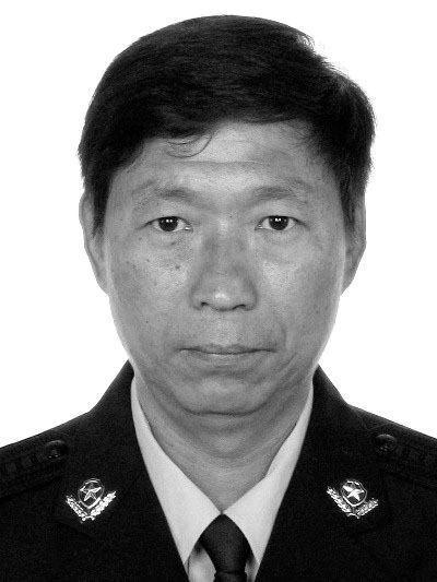 河北邢台一55岁民警值班期间突感不适,经抢救无效不幸牺牲