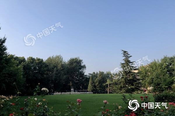 北京今日入伏最高气温33℃ 周末闷热持续