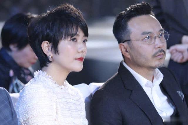 杨乐乐汪涵台下同框照,夫妻多年表情都默契一致,娱乐圈模范夫妻