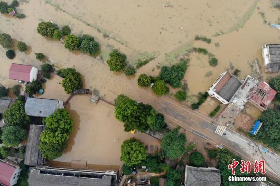 张家祯相片(高兴大本营120630)汛期以来已有1991万人次受灾 直接经济损失534亿元