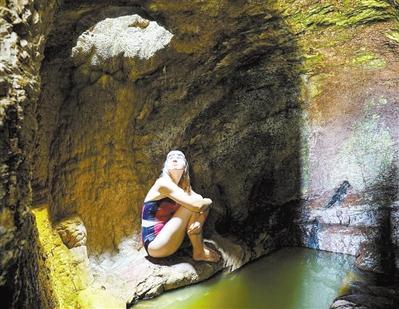 独一无二 悬崖浴室已有220年历史