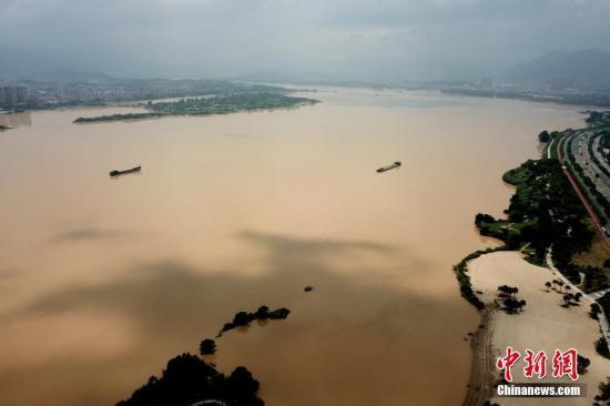 南方地区仍有强降雨 华北黄淮东北地区多雷阵雨天气