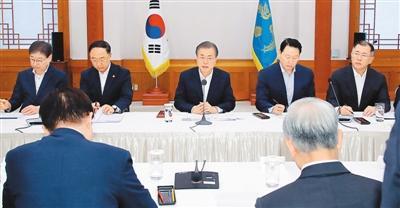 韩国怒怼日本贸易制裁:民众抵制日货,日企加速撤离