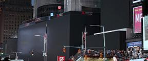 纽约市大面积停电 时代广场漆黑一片