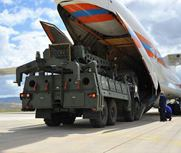 俄S-400组件落地土耳其