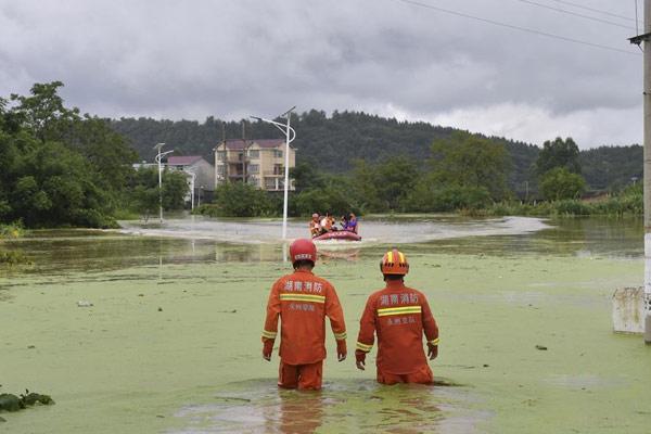 孤岛救援:小村庄的抗洪6小时