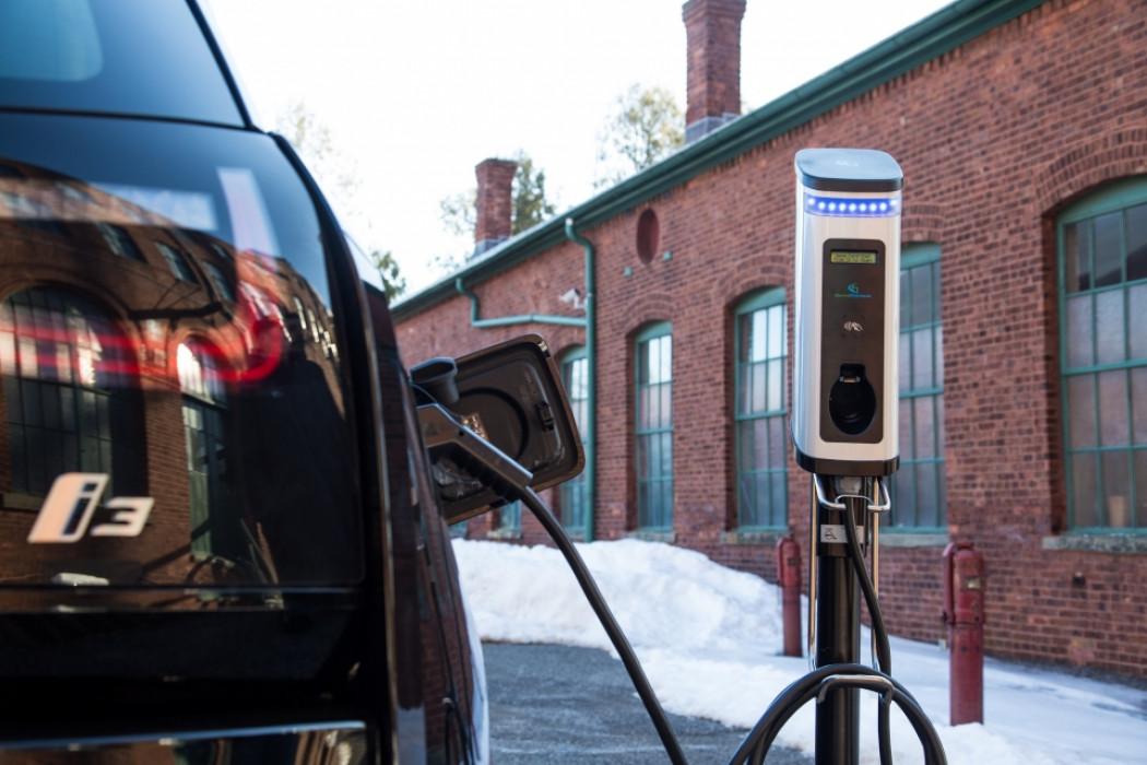 宝马出资在美国国家公园安装100座充电站
