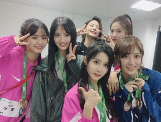 SNH48 GROUP惊艳粉丝嘉年华 多项夺冠成最大赢家