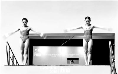 """2019游泳世锦赛两小花为中国跳水拿""""第五金"""""""