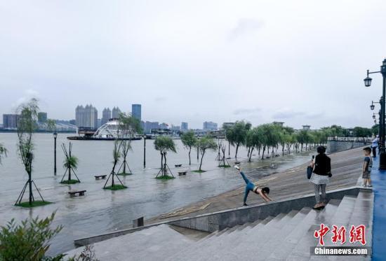 西南地区东部等地将有较强降雨 东北地区多雷阵雨天气