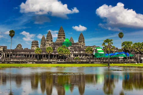 """柬埔寨将打击""""零团费""""旅游"""