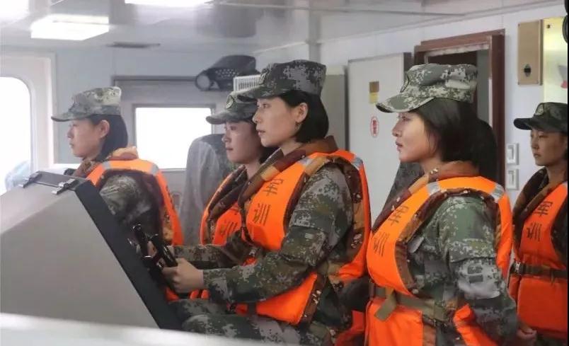 酷!我军首批船艇士官女学员即将毕业奔赴战位