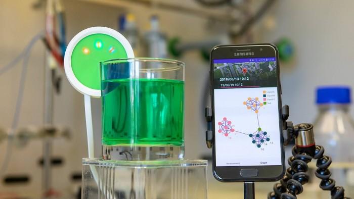 "IBM推出可以""品尝测试""并分析液体的电子舌头"