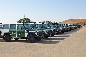 阿尔及利亚军方一次性接收近500辆奔驰车