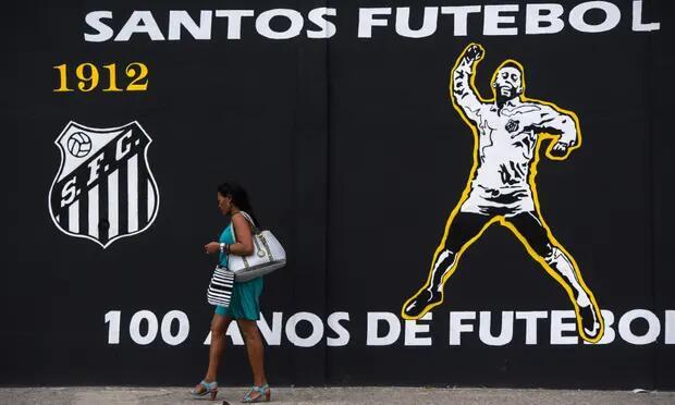 """因""""意外插曲""""队员在酒店大堂等到半夜,巴西女足俱乐部教练非常怒"""