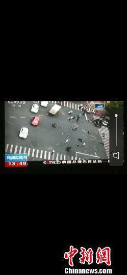 江苏常州一奔驰车失控致多人伤亡 肇事司机非车主本人已被控制