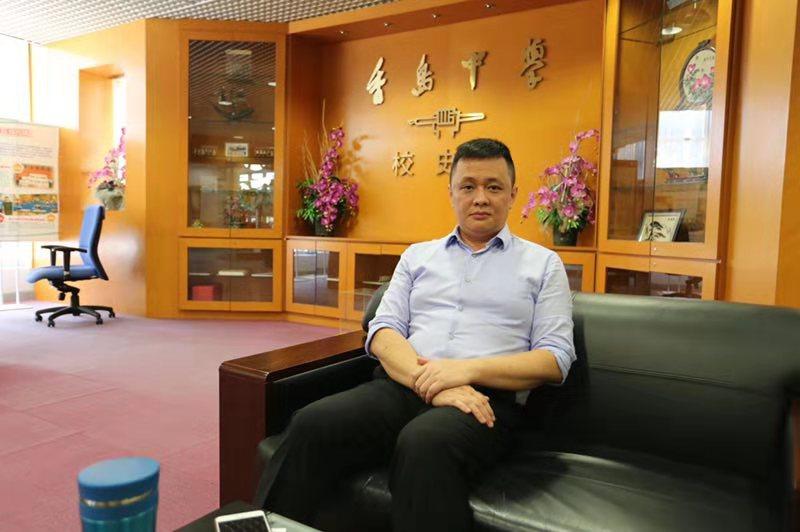 """前香港教育工作者联会主席:""""通识教育""""不能被有政治激进偏好的人占据"""