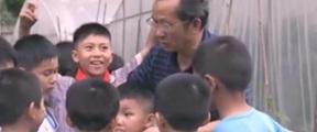 """""""校长爷爷""""让257个孩子有了家"""