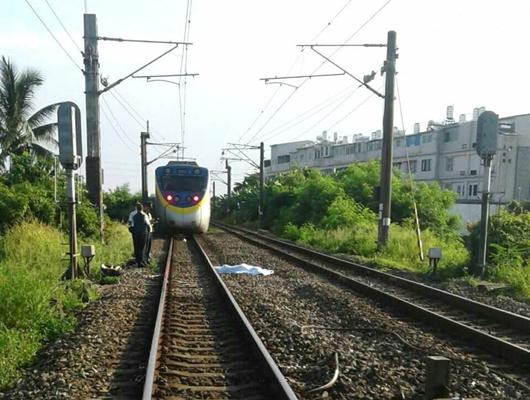 台铁通勤电车撞死违规路人影响5千余人