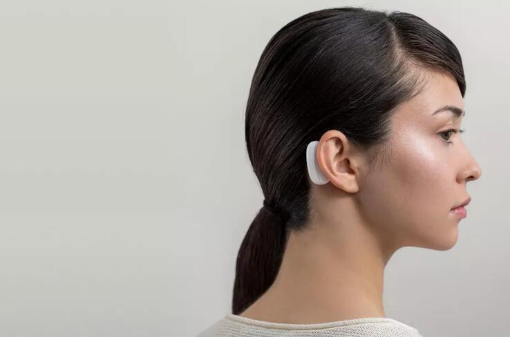 马斯克的脑机接口设备来了 最早明年人体试验