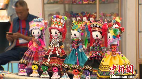 东北亚文化艺术博览会启幕 促哈深两地文化合作纵深发展