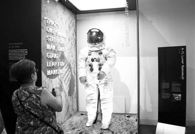 美举办多项活动纪念人类登月50周年