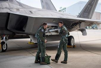 想换新机?美军新训练方式拼命消耗F-22使用寿命