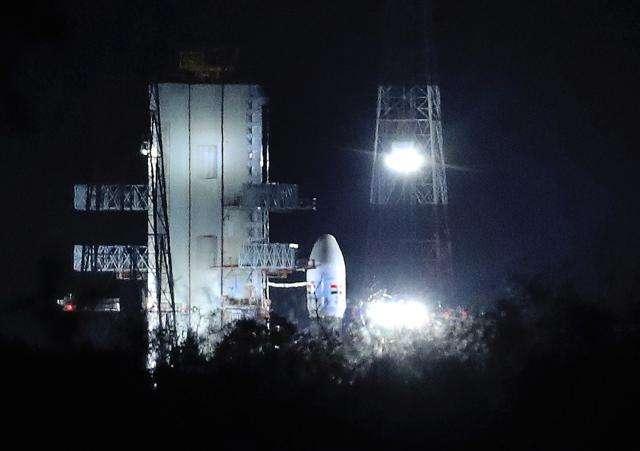"""印度公布""""月球2号""""月球探测器重新发射日期"""