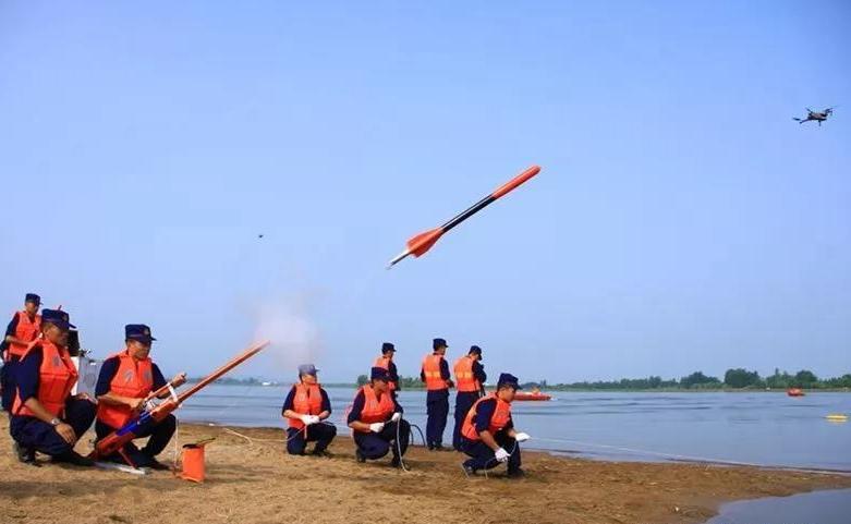 哈尔滨森林消防应急演练:无人机救援耳目一新