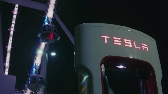 特斯拉V3超级充电站亮相 从太阳和电池获取能源