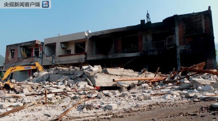 摩杰app:广西岑溪市归义镇石坡村一民房发生燃爆致7人受伤