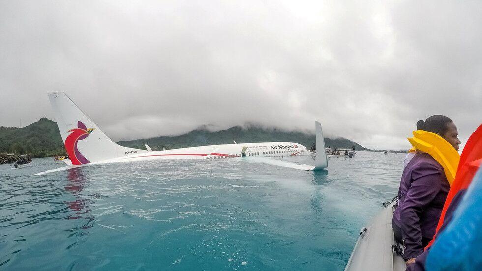 最后画面公布!波音737坠海前,驾驶舱机师用手机拍下现场全过程