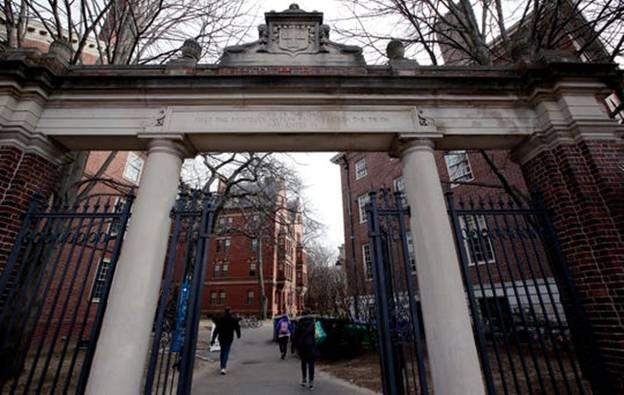 美国男子枪击学生并扬言炸毁哈佛大学 被判监禁