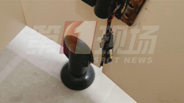 女厕所惊现针孔摄像头!记者调查后还发现...