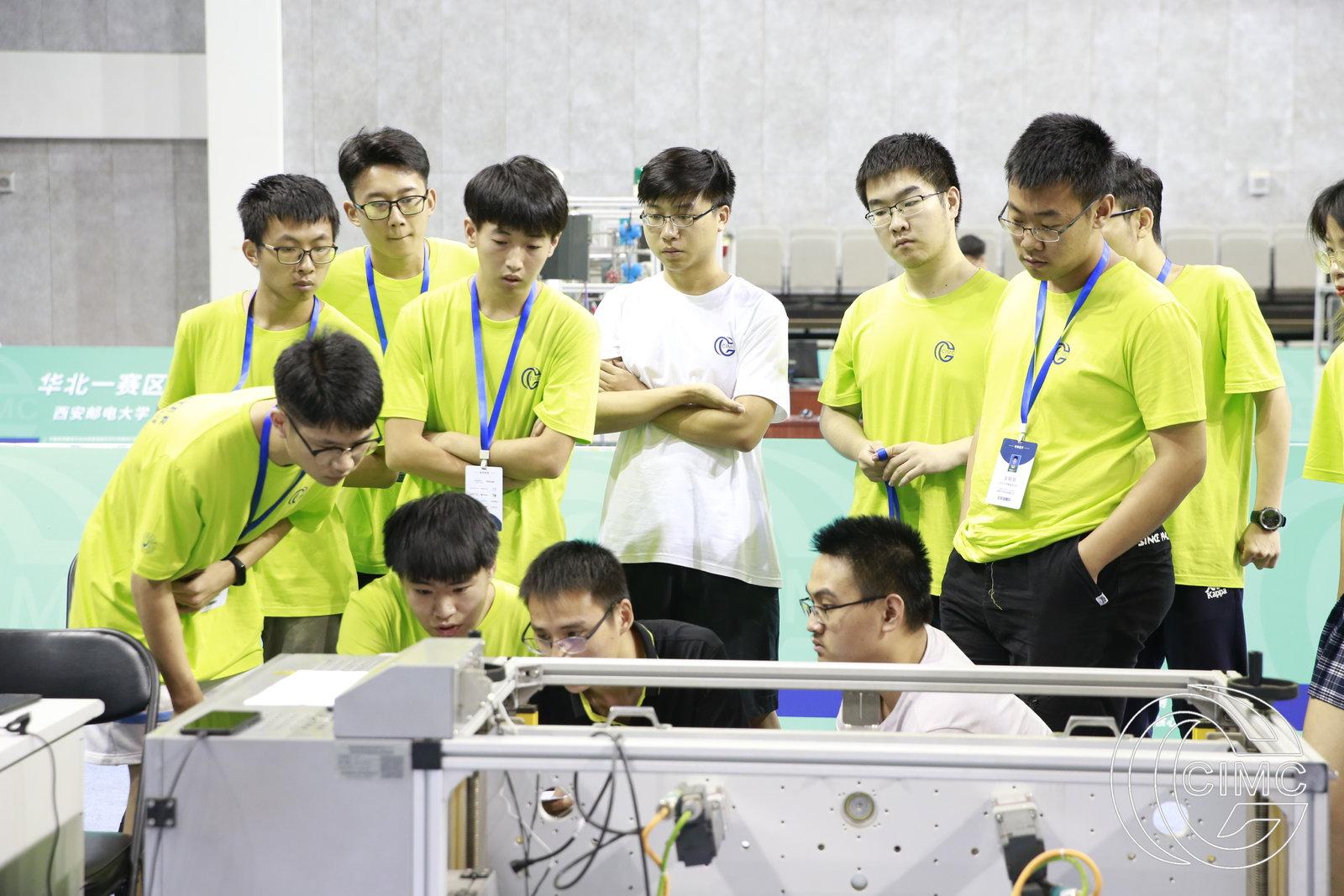 万余名师生角逐智能制造挑战赛 来自全国近600所高校