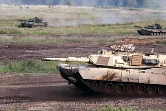 M1对阵豹2A5:北约在俄邻国上演坦克大战