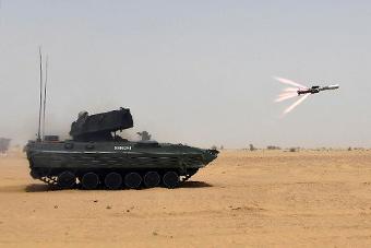 印高调试射国产反坦克导弹 研制近40年还没装备